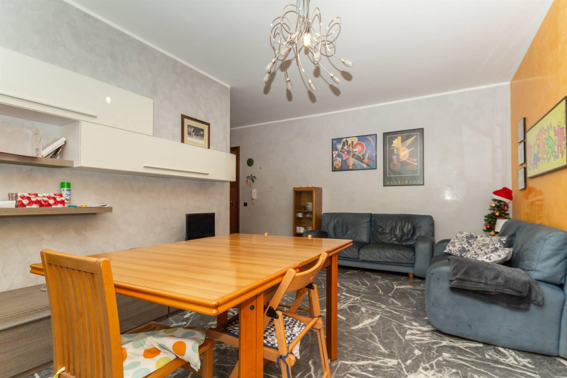 Mestre Viale San Marco proponiamo appartamento in ottime condizioni interne, posto al primo piano di un condominio molto ben tenuto e con giardino