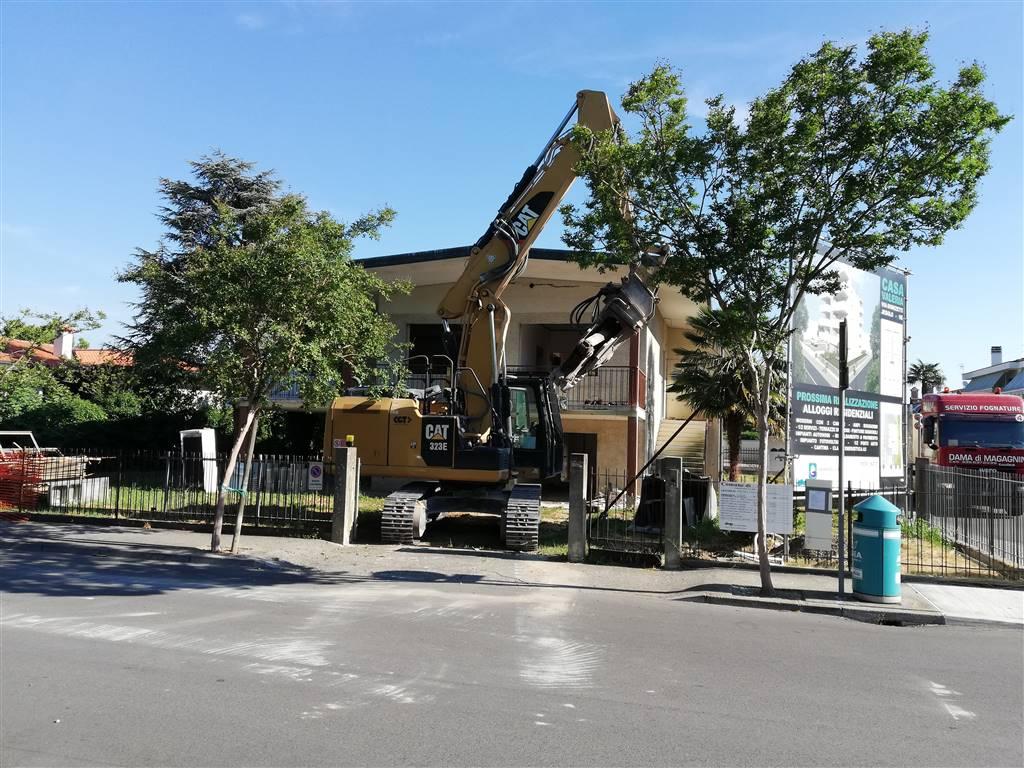 Demolizione vecchio edificio 01/07/2019