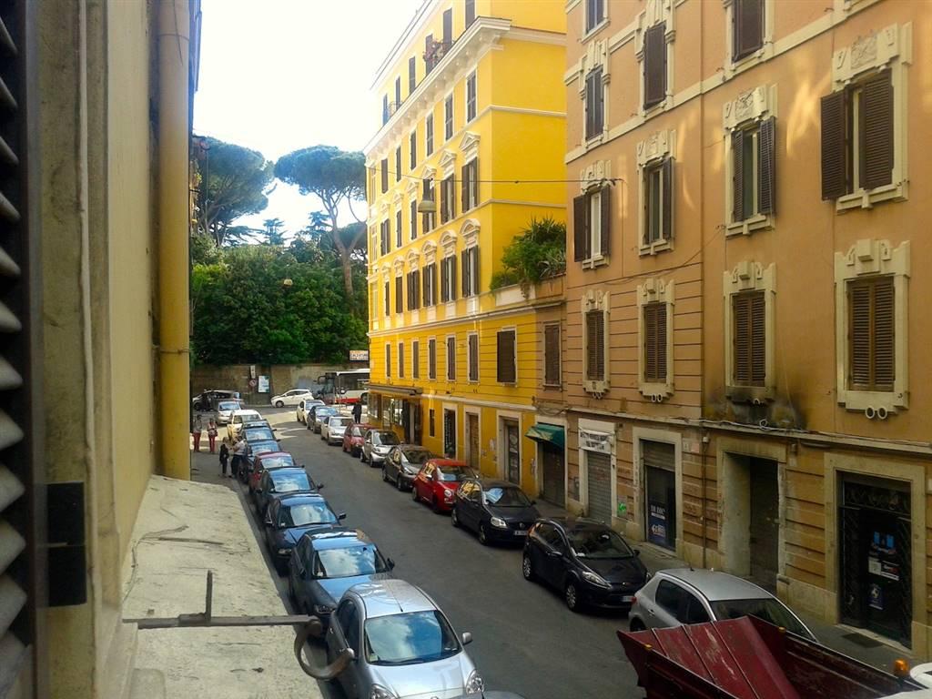 Affitto trilocale via simeto 12 parioli pinciano roma for Parioli affitto roma