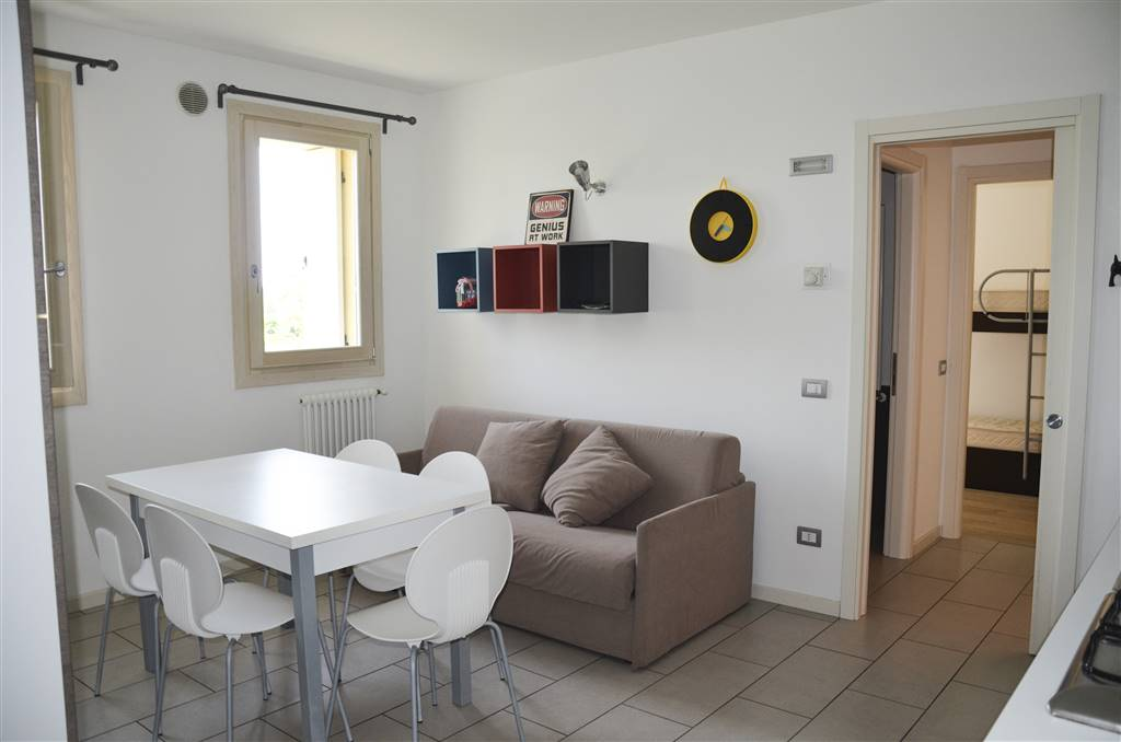 CORTELLAZZO, JESOLO, Apartment for sale of 65 Sq. mt., Excellent Condition, Heating Individual heating system, Energetic class: G, placed at 2° on 2,