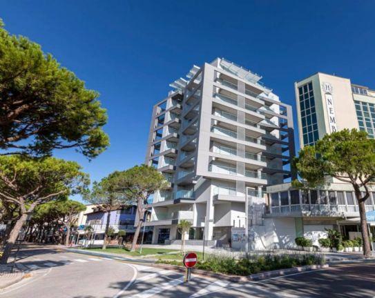 ZONA PIAZZA NEMBER - VISTA MARE Proponiamo in vendita appartamenti in un condominio di nuova costruzione a pochi metri dal mare. Tutti gli