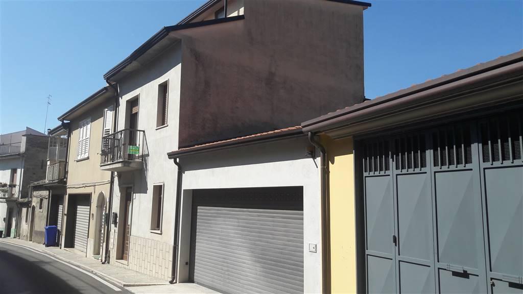 Casa singola, Mirabella Eclano, in ottime condizioni