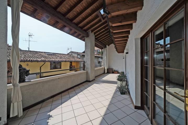 Appartamento In Vendita A Salo Zona Campoverde Brescia Rif