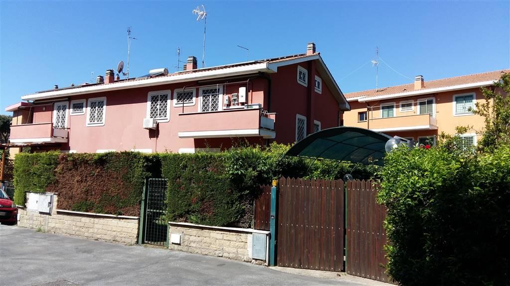 Villino in Via Del Casale Agostinelli, Torvergata,morena,romanina, Roma