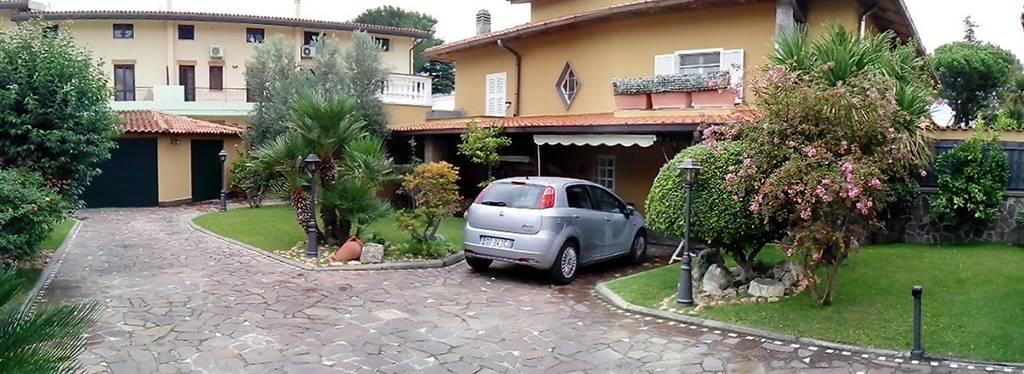Villa in Via Del Fosso Di Sant'andrea, Torvergata,morena,romanina, Roma