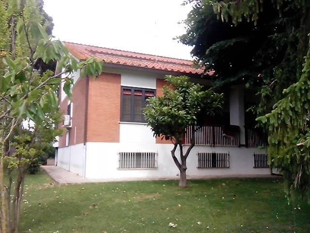 Villa in Via Nettunense, Castelluccia, Marino