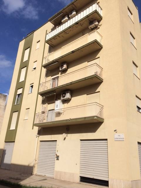 Trilocale in Via Mascagni 30, Semi Periferia, Trapani