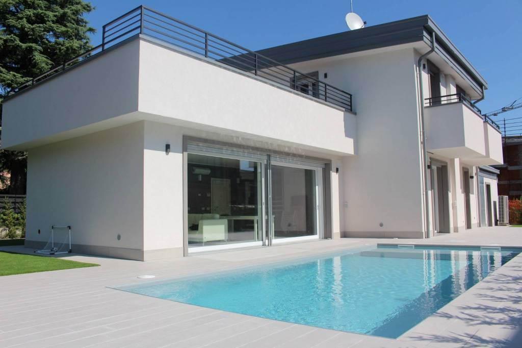 Villa, Carate Brianza, in nuova costruzione