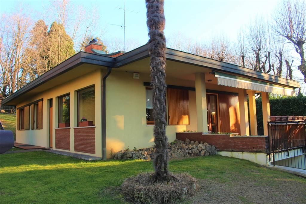 Villa in Via Luciano Manara  50, Lesmo