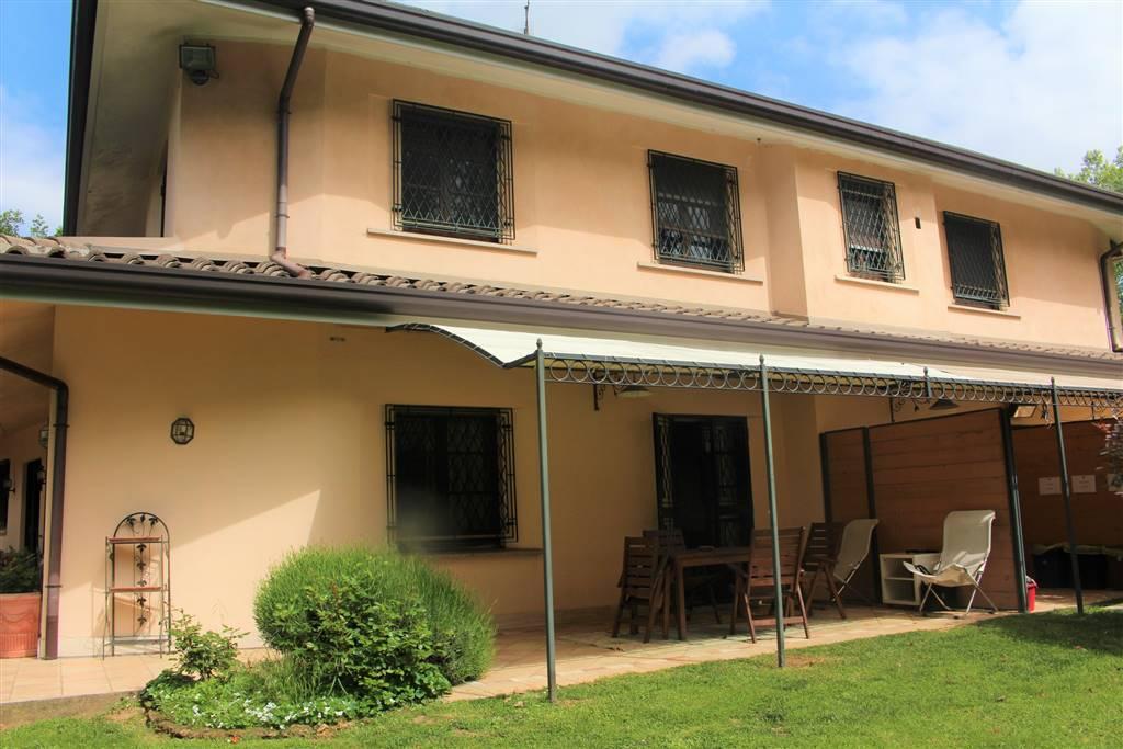 Trilocale in Via Gran Sasso 42, Arcore
