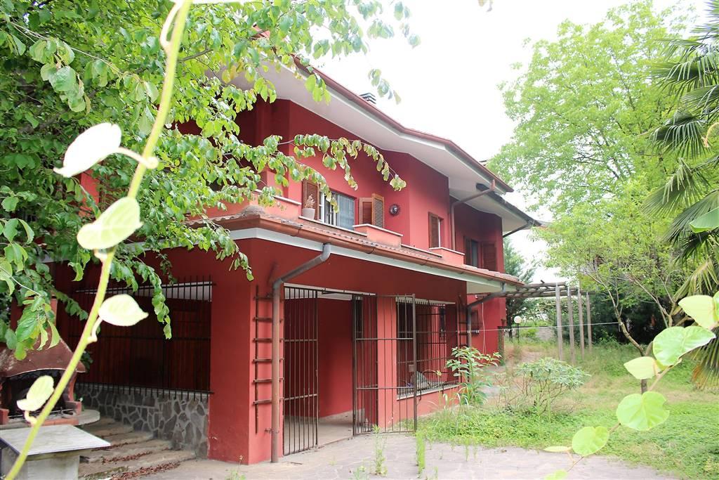 Villa in Via Papa Giovanni  19, Rancate, Triuggio