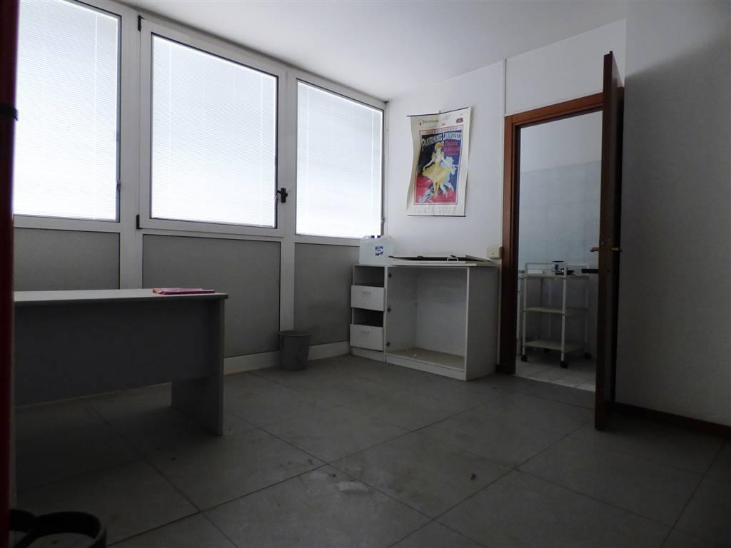 Ufficio / Studio in vendita a Roma, 5 locali, zona Località: TORRACCIA, prezzo € 180.000   CambioCasa.it