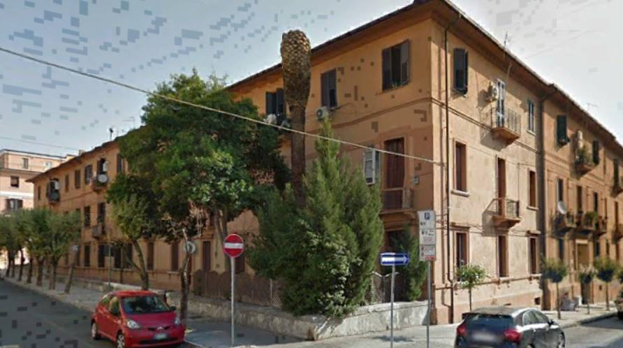CENTRO CITTÀ, COSENZA, Apartment for sale of 98 Sq. mt., Habitable, Heating Individual heating system, Energetic class: F, placed at 1° on 3,