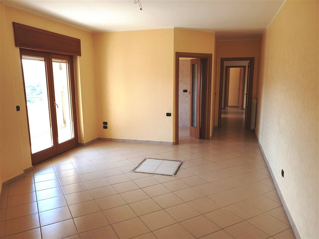 SETTIMO, MONTALTO UFFUGO, Apartment for sale of 105 Sq. mt., Excellent Condition, Heating Individual heating system, Energetic class: G, Epi: 0