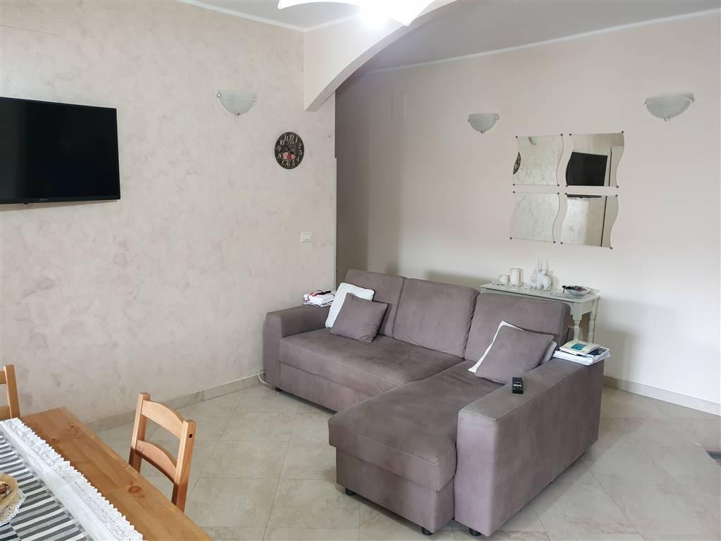 Appartamento in vendita a Montalto Uffugo, 3 locali, zona Località: SETTIMO, prezzo € 75.000 | CambioCasa.it