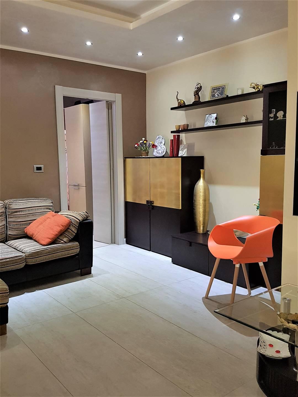 SETTIMO, MONTALTO UFFUGO, Wohnung zu verkaufen von 95 Qm, Beste ausstattung, Heizung Unabhaengig, Energie-klasse: G, Epi: 0 kwh/m2 jahr, am boden