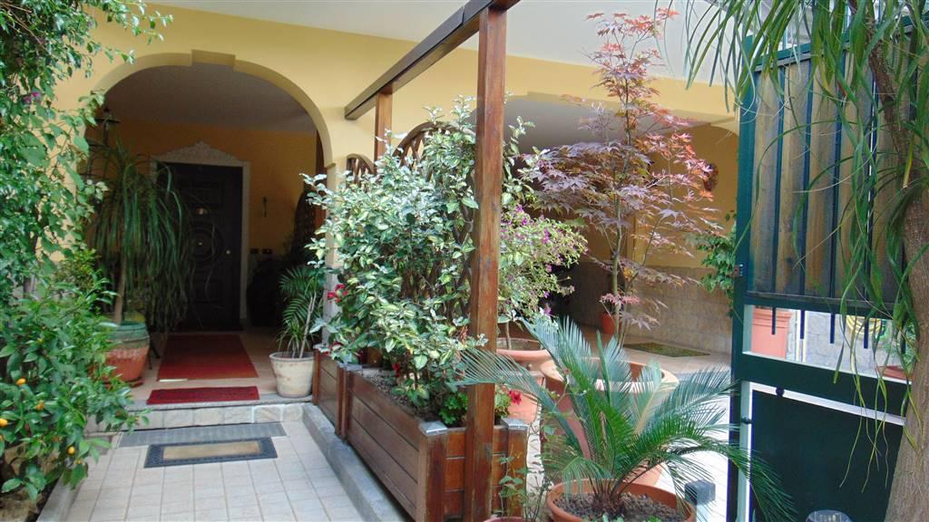 Villa in Via F. Brunelleschi, Orta Di Atella