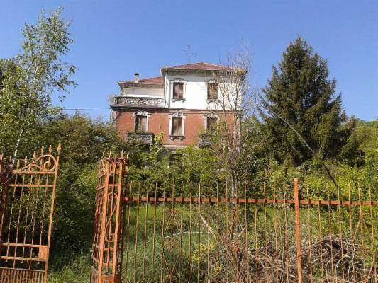 Villa, Montiglio