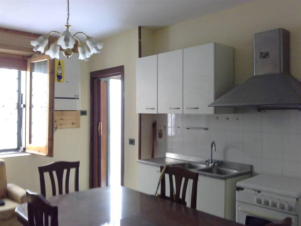 Casa semi indipendente in Via Tenente Berardi, Cesinali