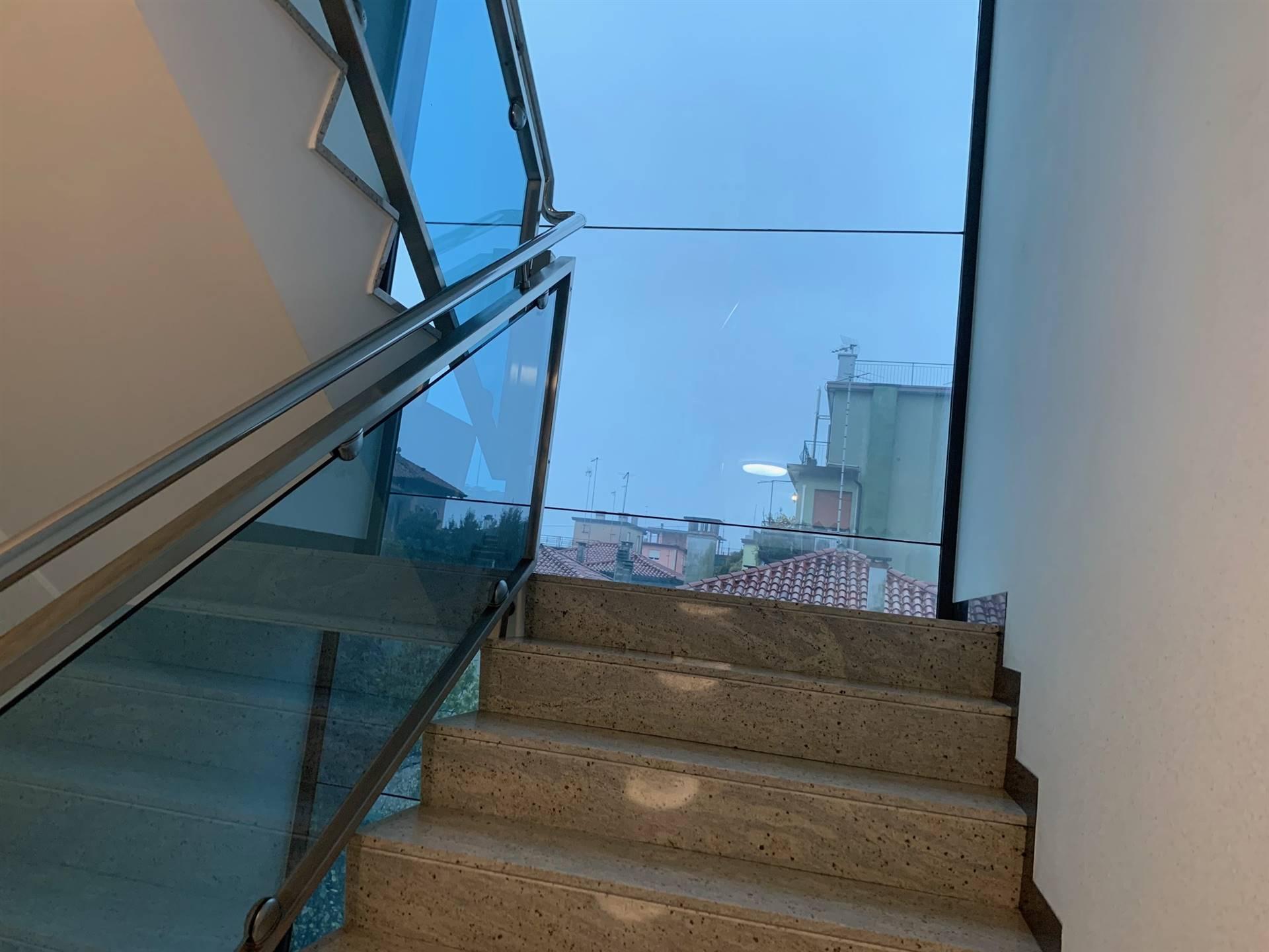 vano scale affitto Mestre via Sabotino