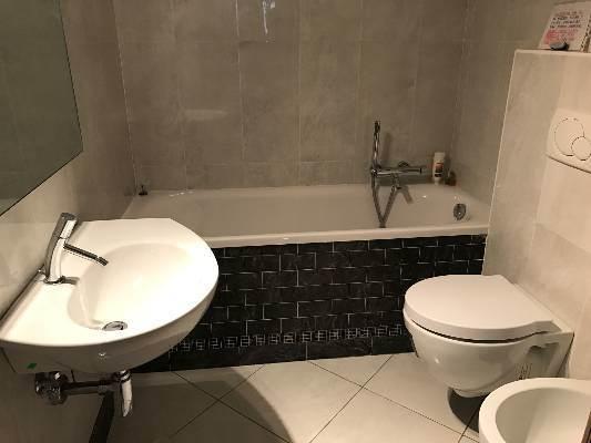 bagno con vasca immobile Mestre con garage