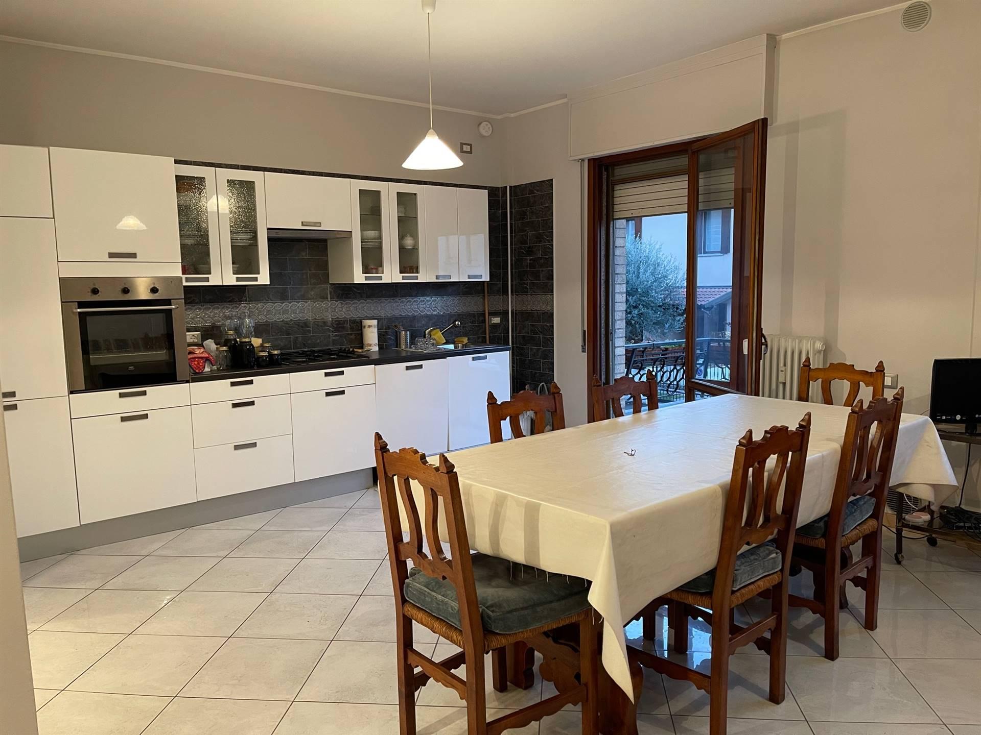 cucina grande immobile Mestre viale Garibaldi