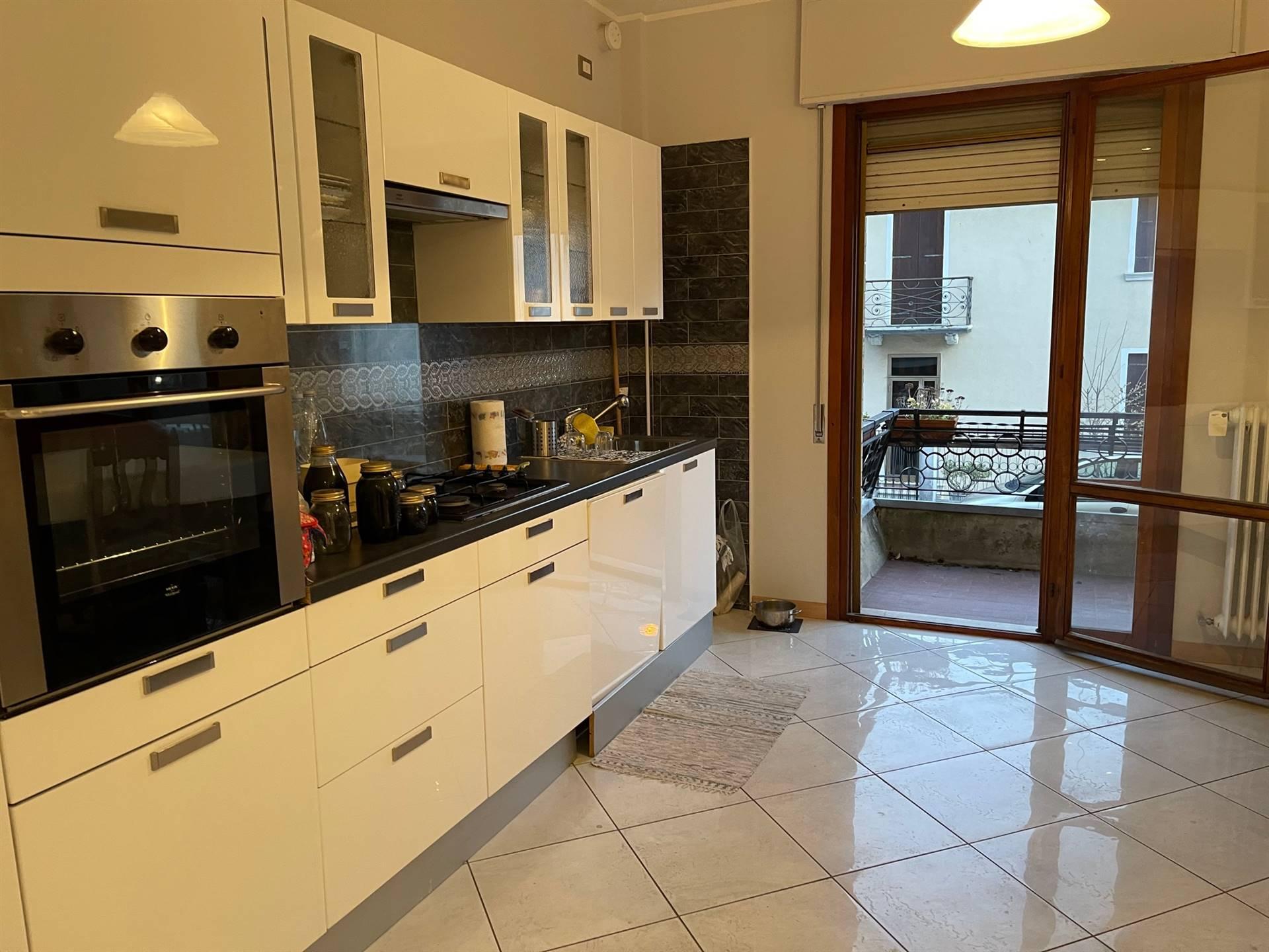 cucina abitabile appartamento Mestre primo piano