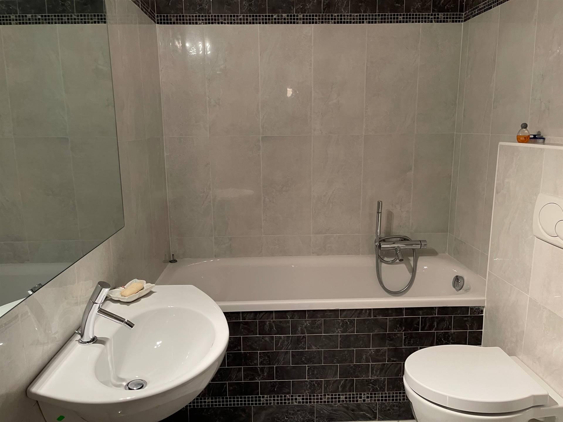 bagno con vasca immobile Mestre Studio C