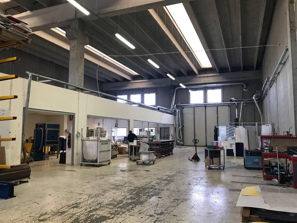 Laboratorio in affitto a Quarto d'Altino, 9999 locali, prezzo € 2.900 | CambioCasa.it
