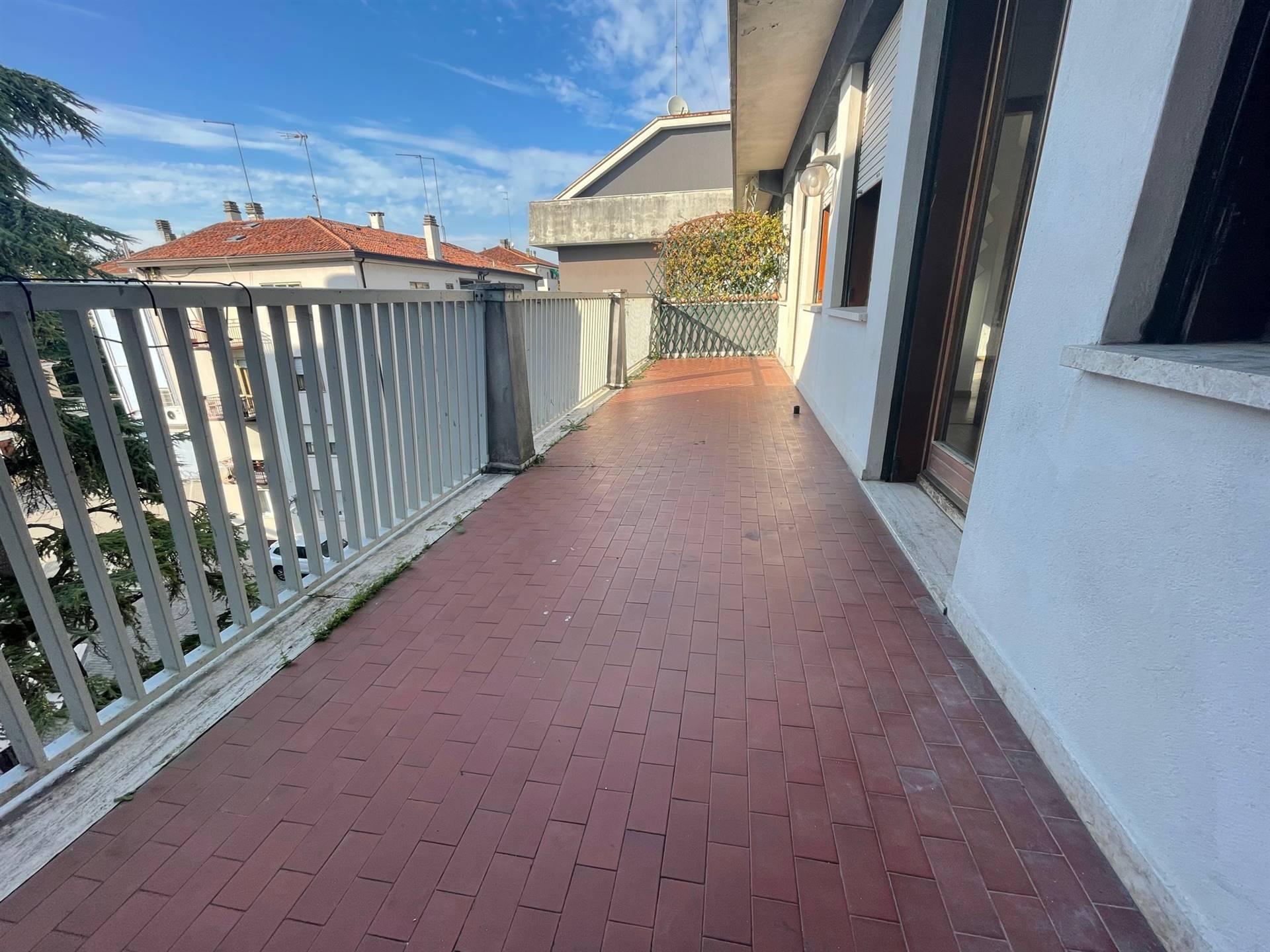 terrazza abitabile Mestre centro euro 119.000