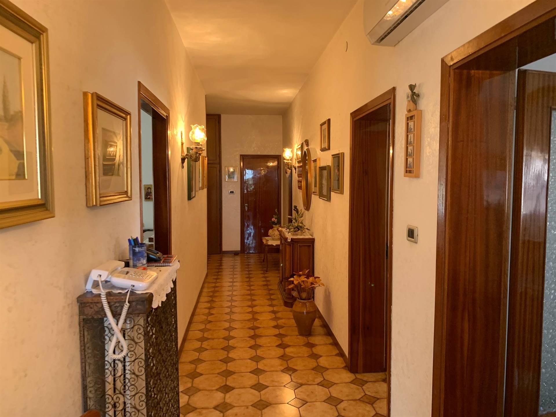 corridoio  appartamento Mestre  Bissuola