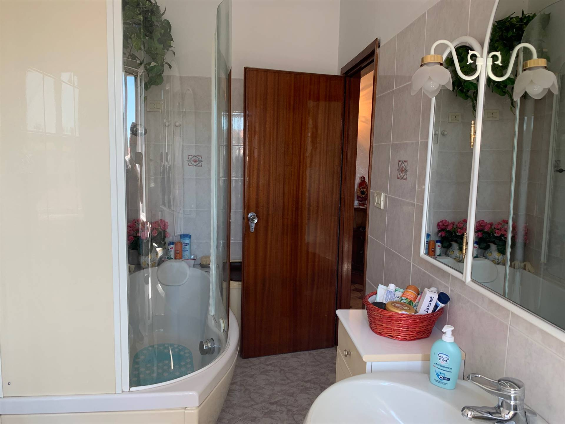bagno  finestrato appartamento Mestre via Cà Rossa