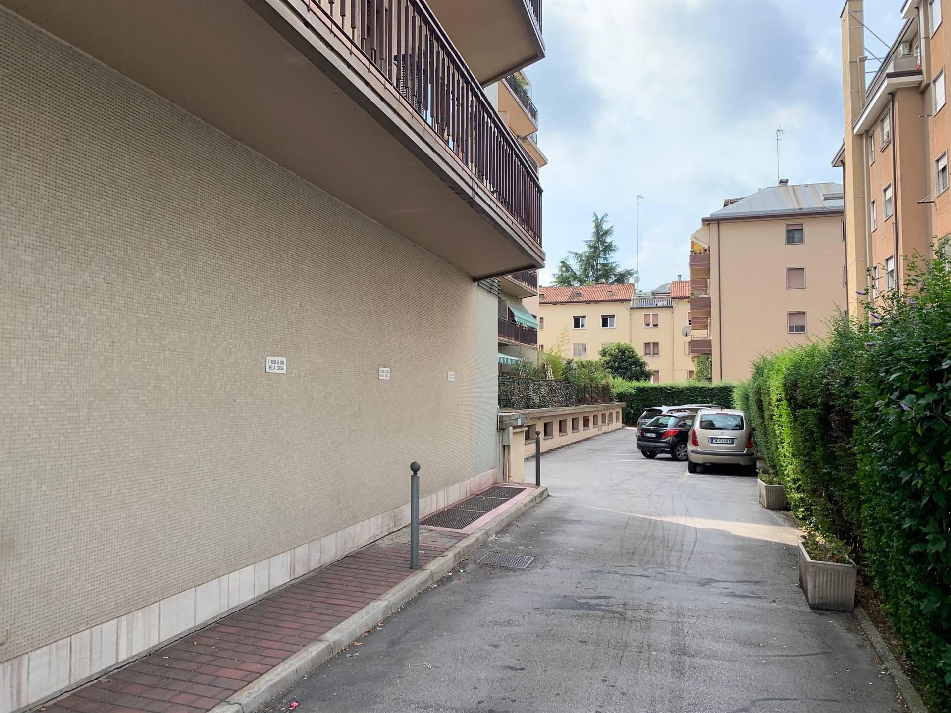 Garage Mestre centro in affitto ampio appartamento