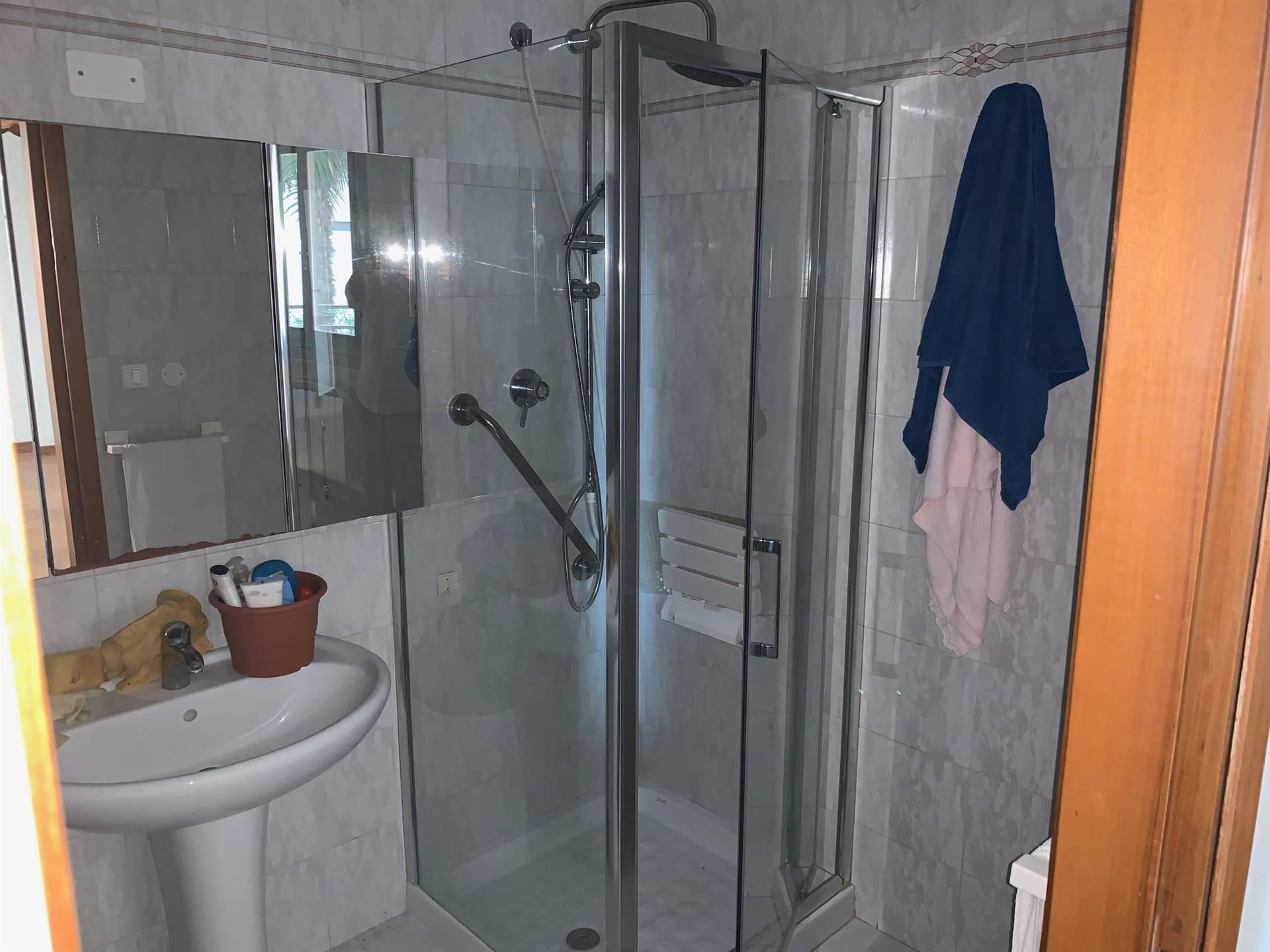 bagno con doccia Mestre centro in affitto