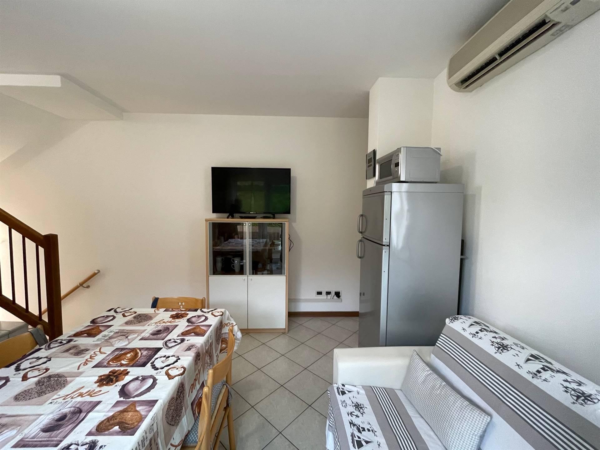 cucina arredata villetta indipendente Cavallino