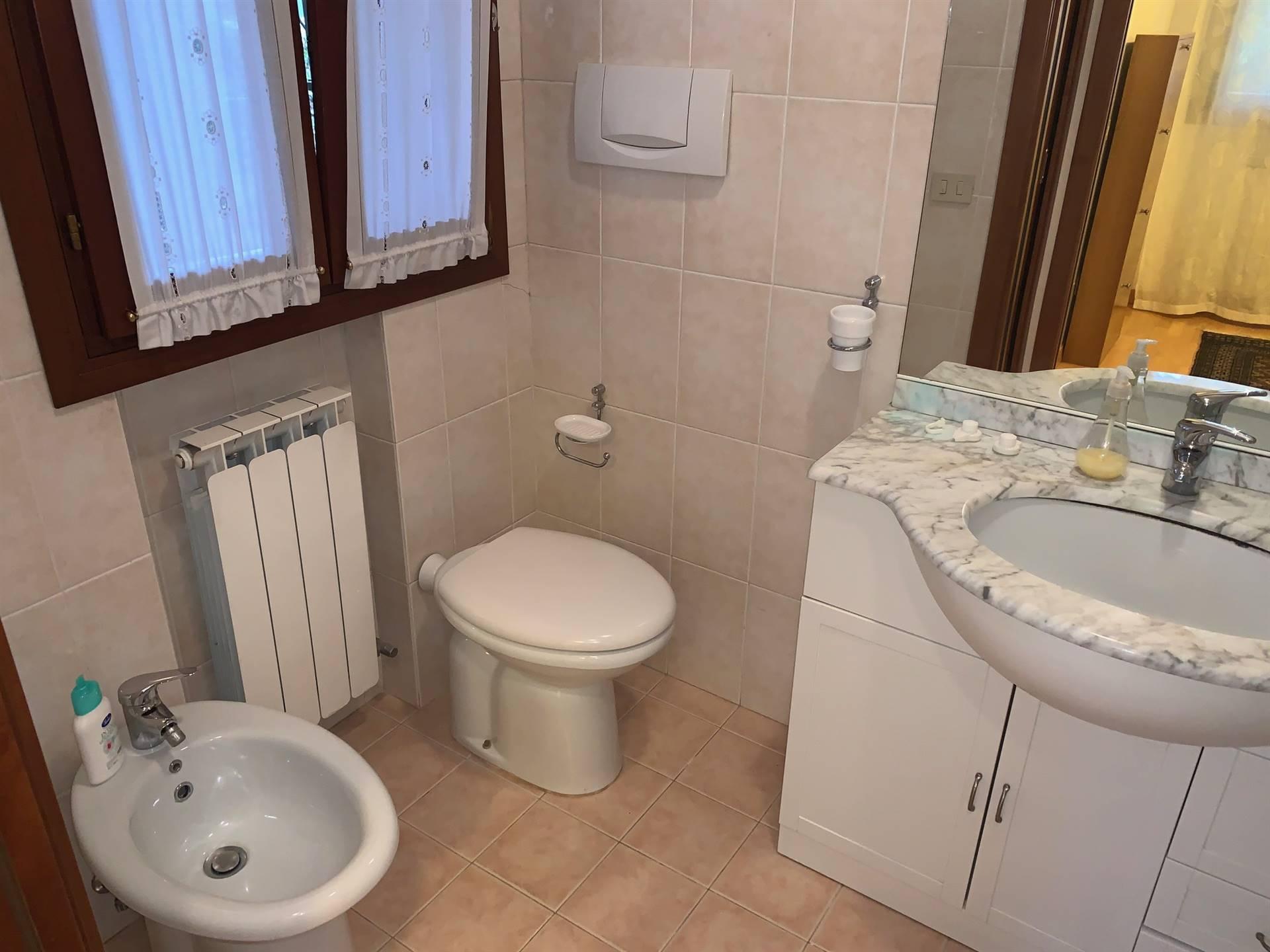bagno finestrato Mestre Gazzera affitto