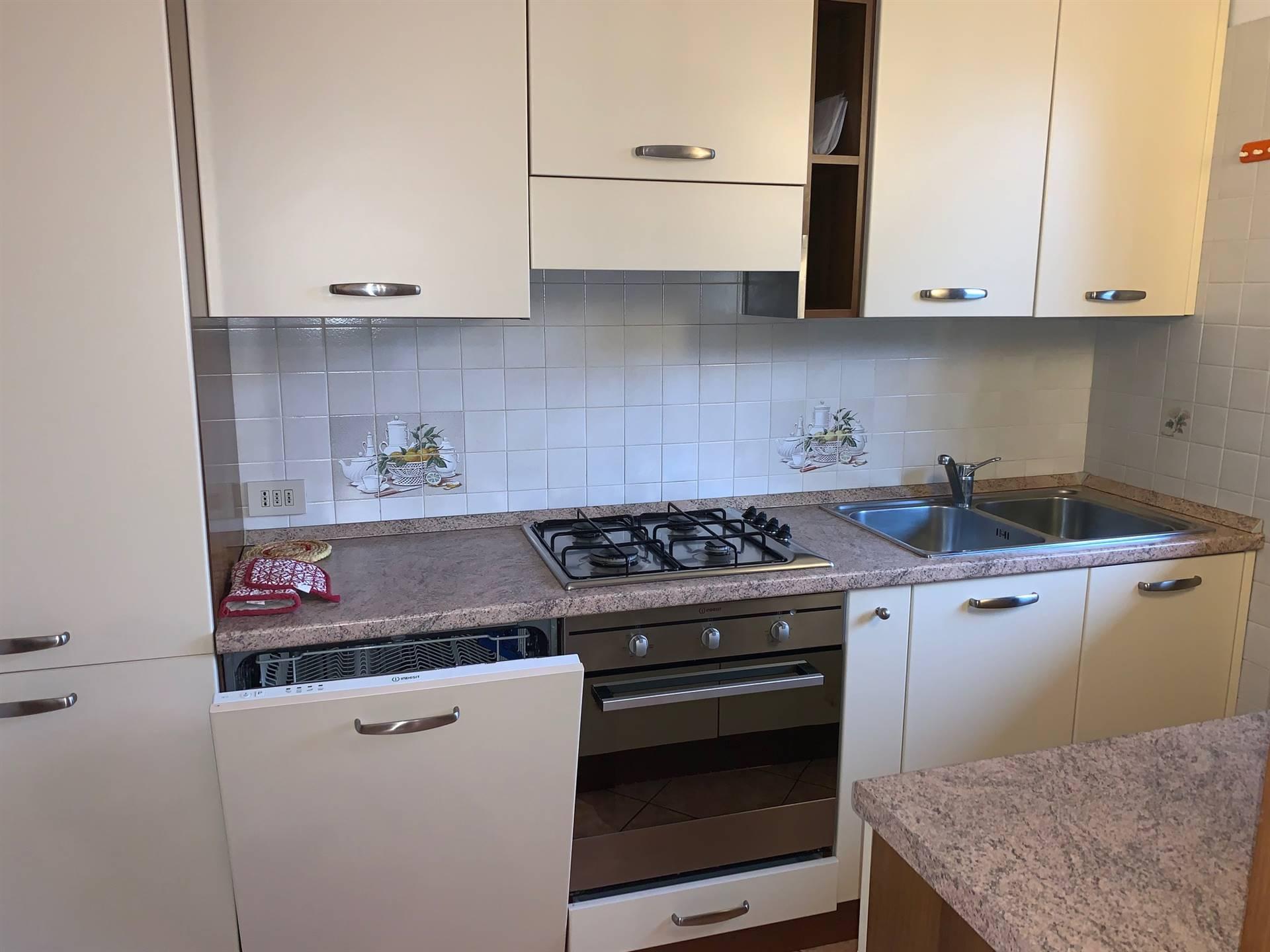 cucinotto  arredato appartamento Mestre affitto