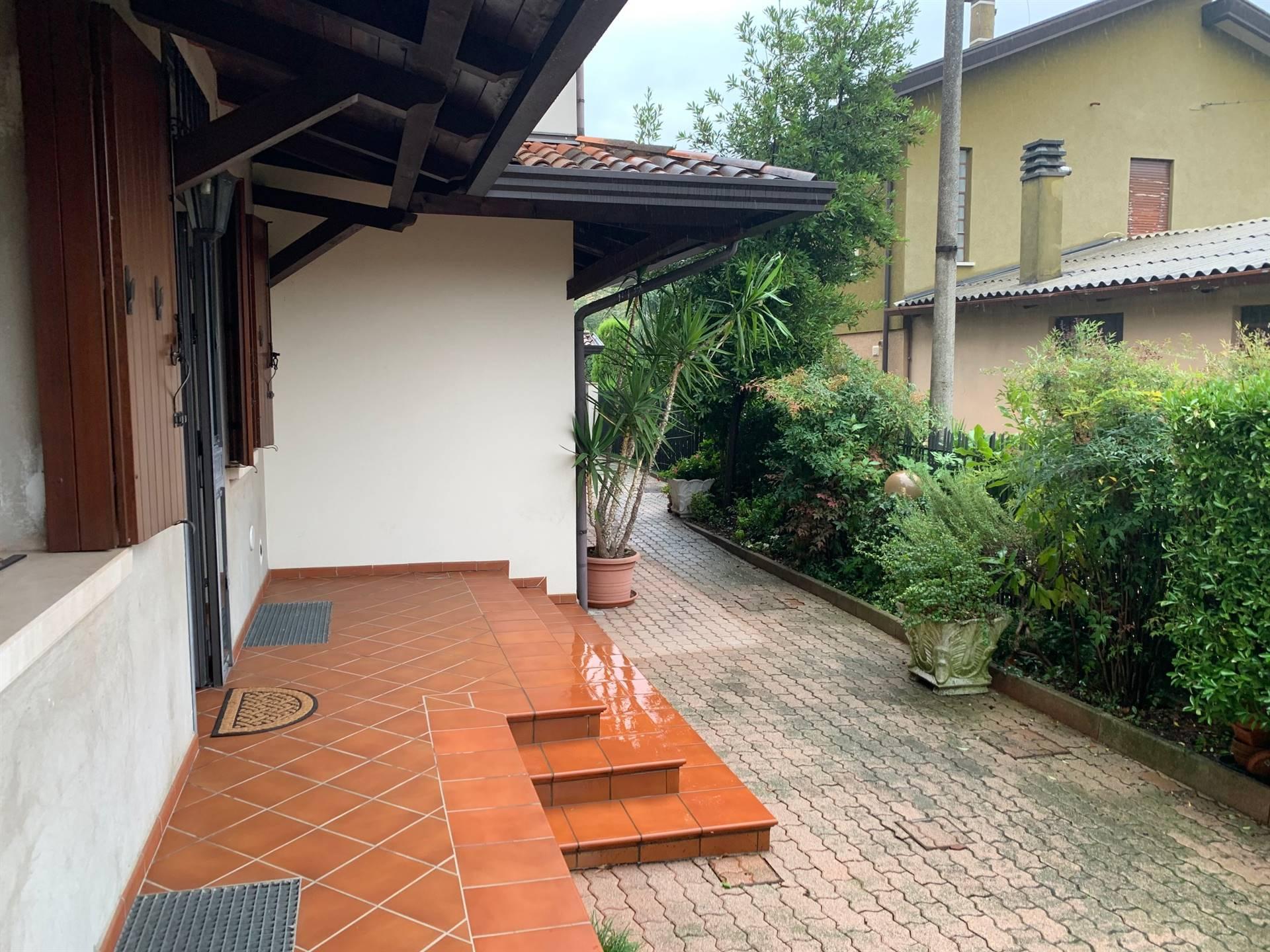 giardino porzione affitto Mestre Gazzera