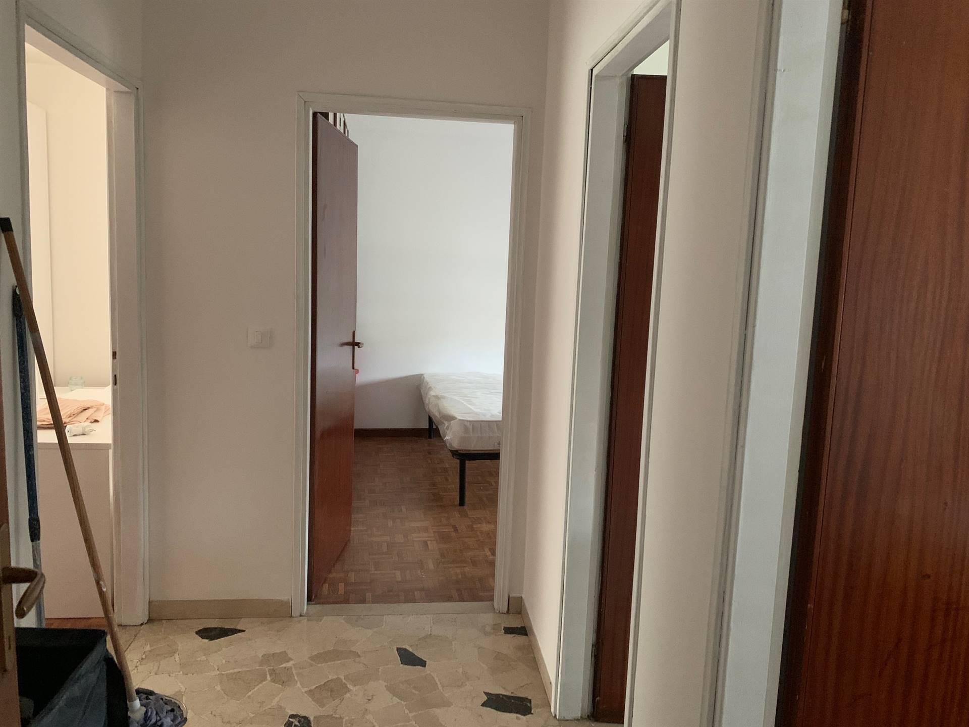 corridoio Studio C affitta appartamento 3 camere