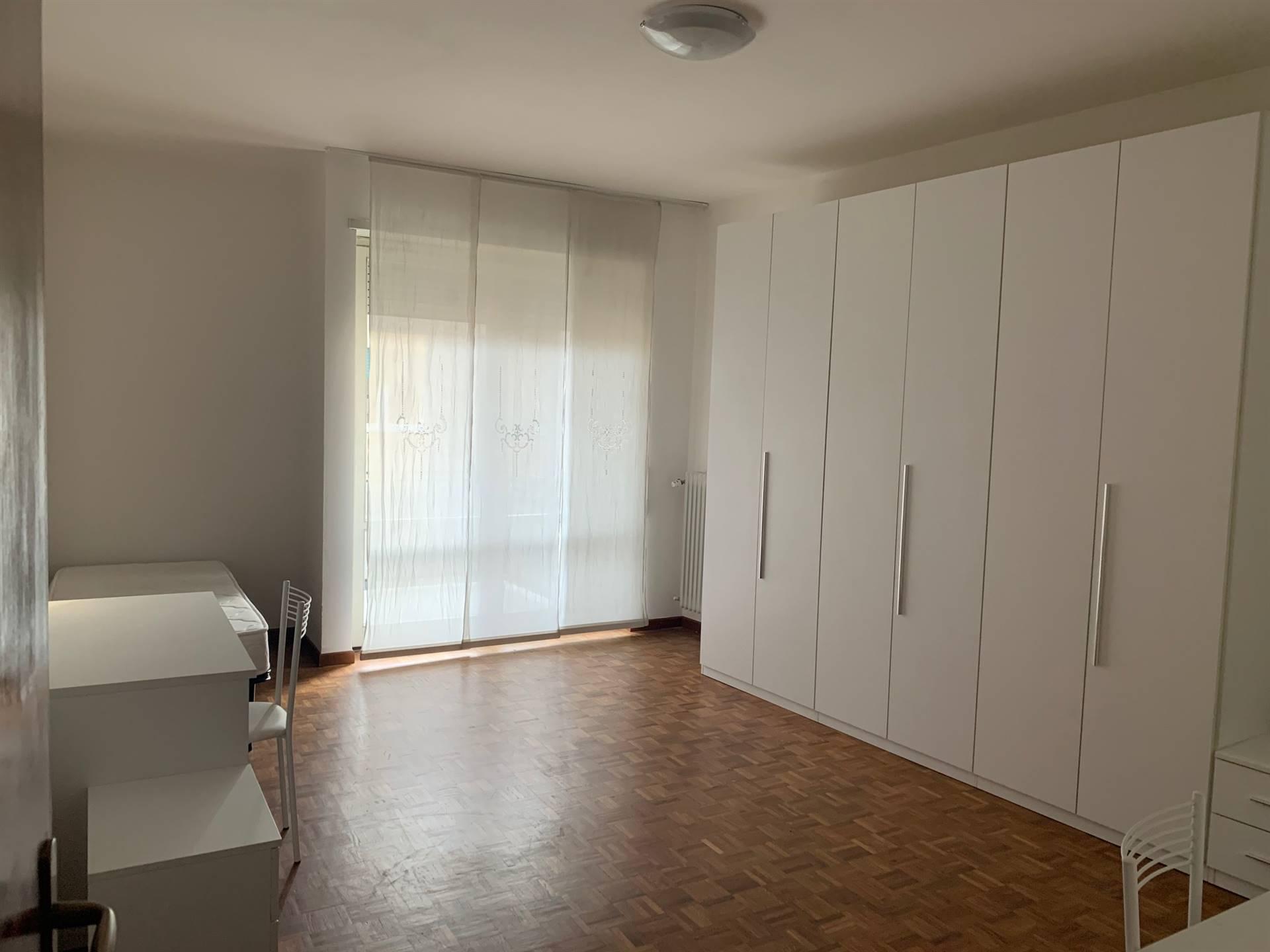 camera matrimoniale Mestre appartamento affitto