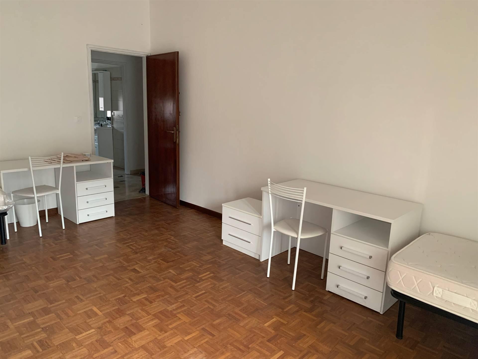 camera affitto famiglia Mestre ampio appartamento