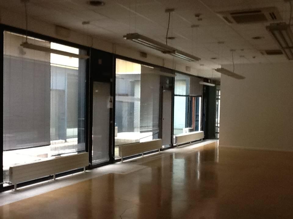 piano terra ufficio di 390 mq. con cortile Mestre