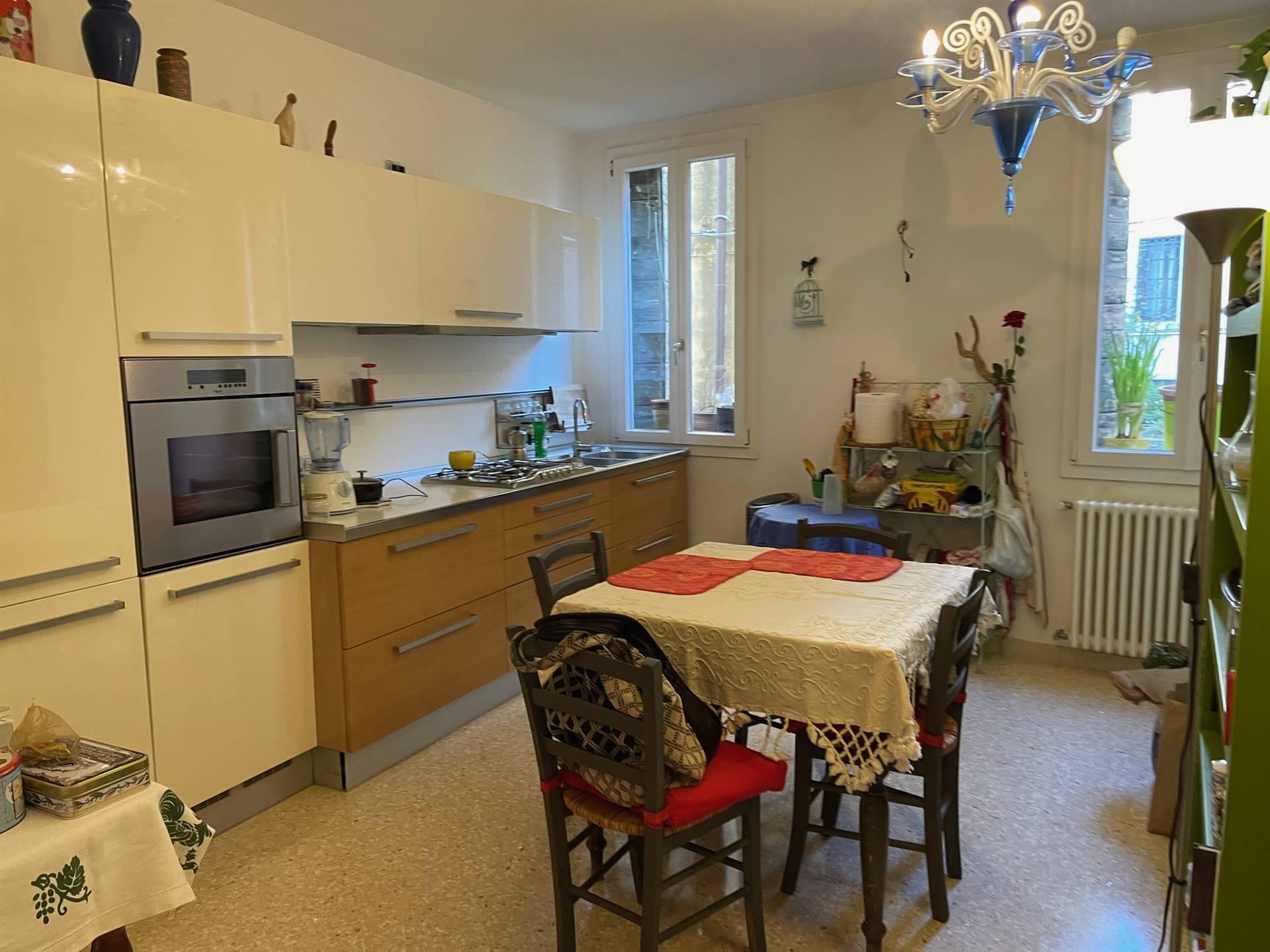 cucina appartamento primo piano Venezia
