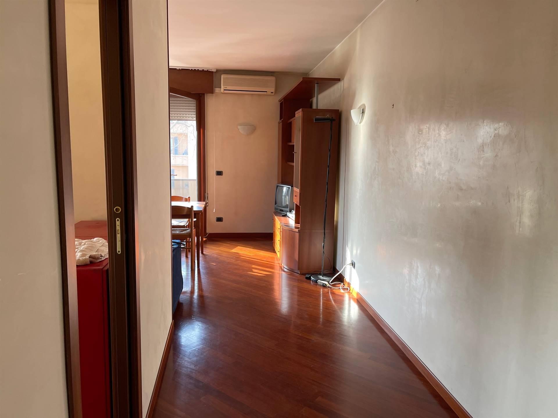 corridoio appartamento vendita Mestre euro 128.000