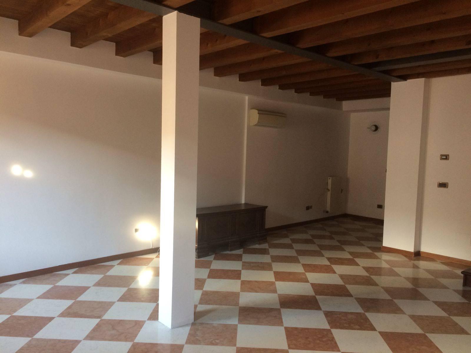 soggiorno appartamento Mestre affittasi rif. 1500