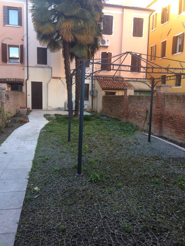 giardino esclusivo in affitto Mestre via Palazzo