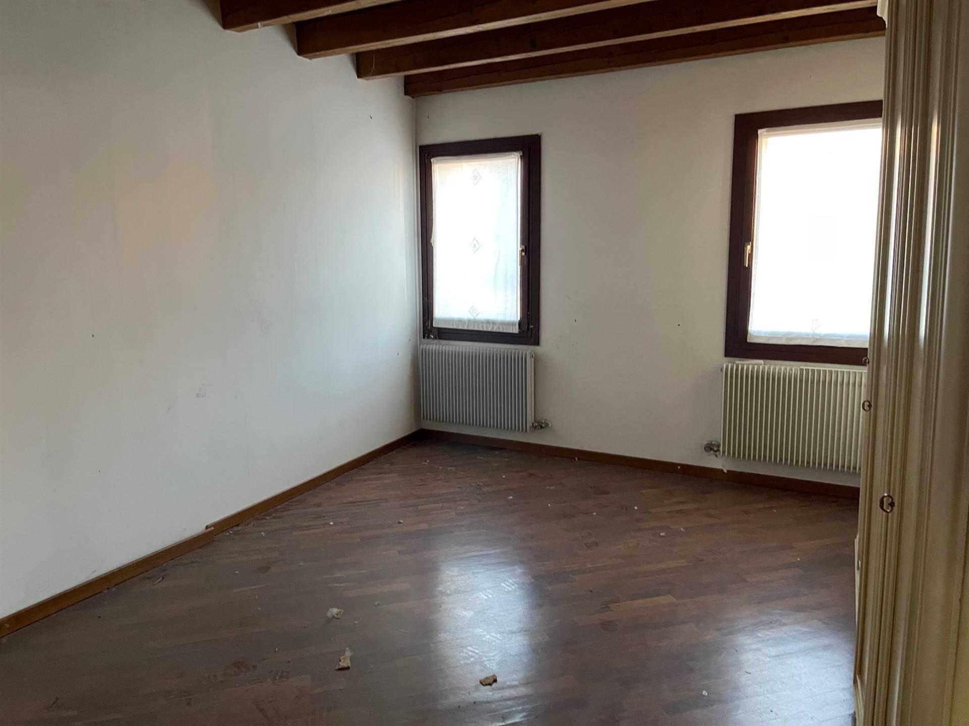 camera da letto Mestre affittasi Studio C