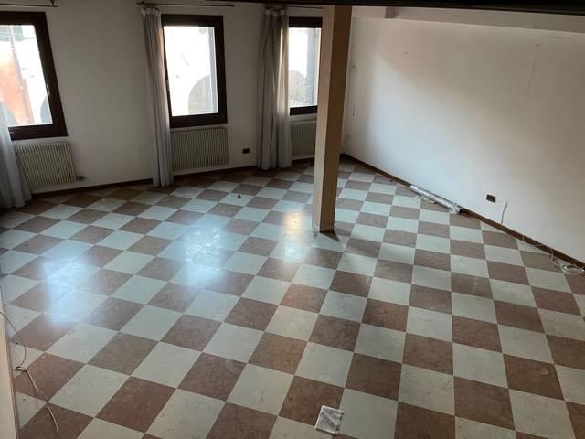 luminoso soggiorno appartamento indipendente Mestr