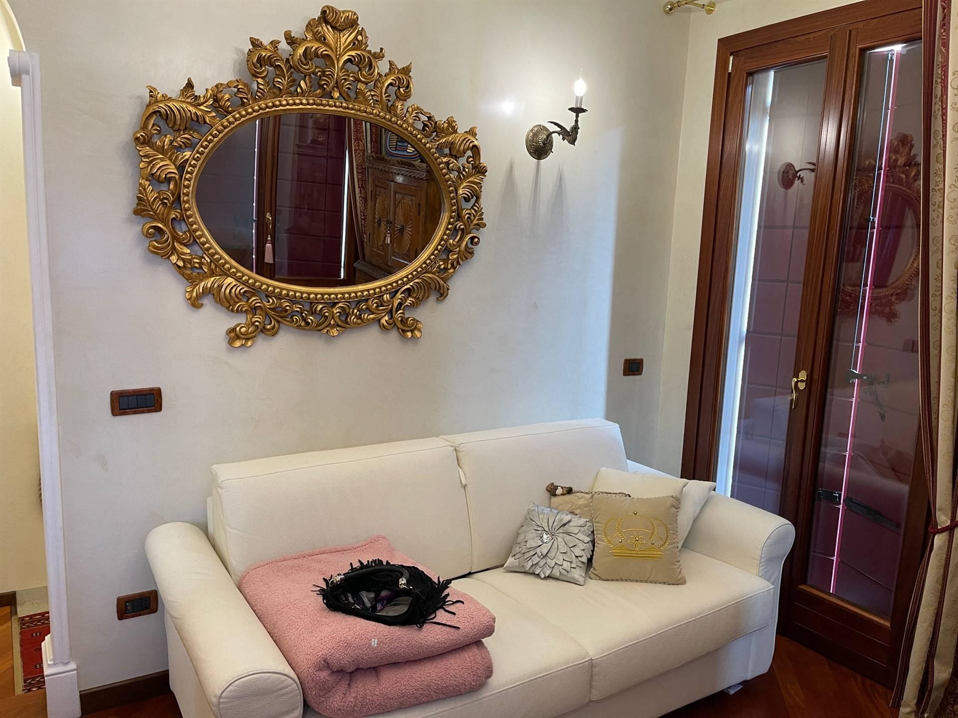 soggiorno appartamento restaurato Mestre centro