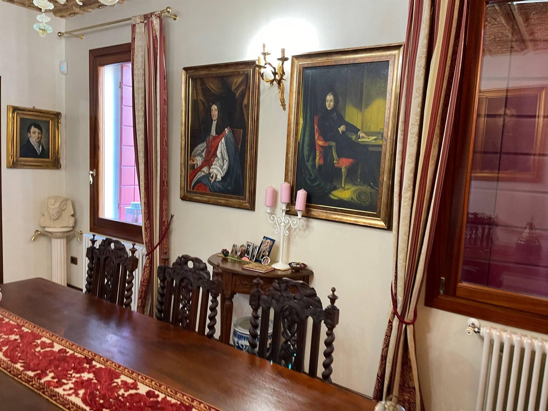 soggiorno porzione restaurata Mestre centro